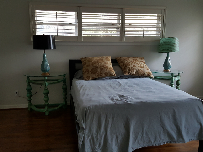 dallas home before renovations  property listing real estate market bedroom has potential
